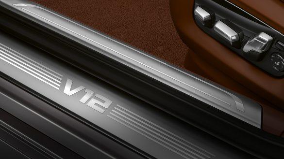 BMW 7er Limousine Einstiegsleiste V12