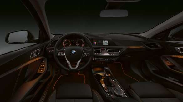 BMW 1er Interieurleisten 'Illuminated Berlin'